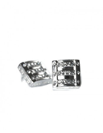 Earring / Ørestikker, Box